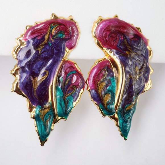 Jewelry - 3/$20 Enamel Swirl Clip On Earrings Purple Pink